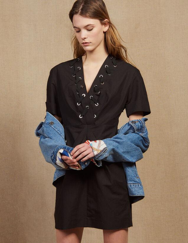 Robe Courte Ornée D'Œillets Entrelacés : Robes couleur Noir