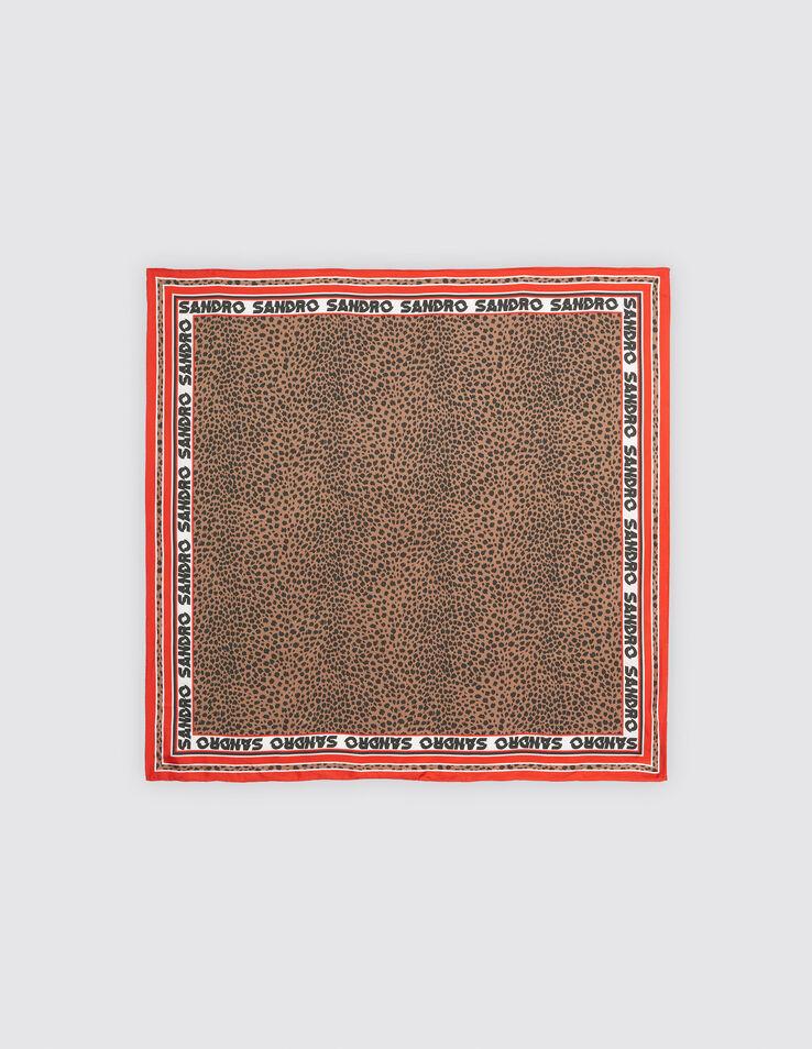 Foulard carré en soie imprimé léopard 3607171391653 - Foulards   Écharpes    Sandro Paris 5c610bca4b5