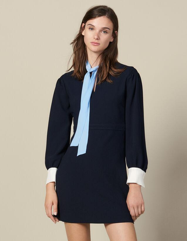 Robe courte texturée à col lavallière : -30% couleur Marine