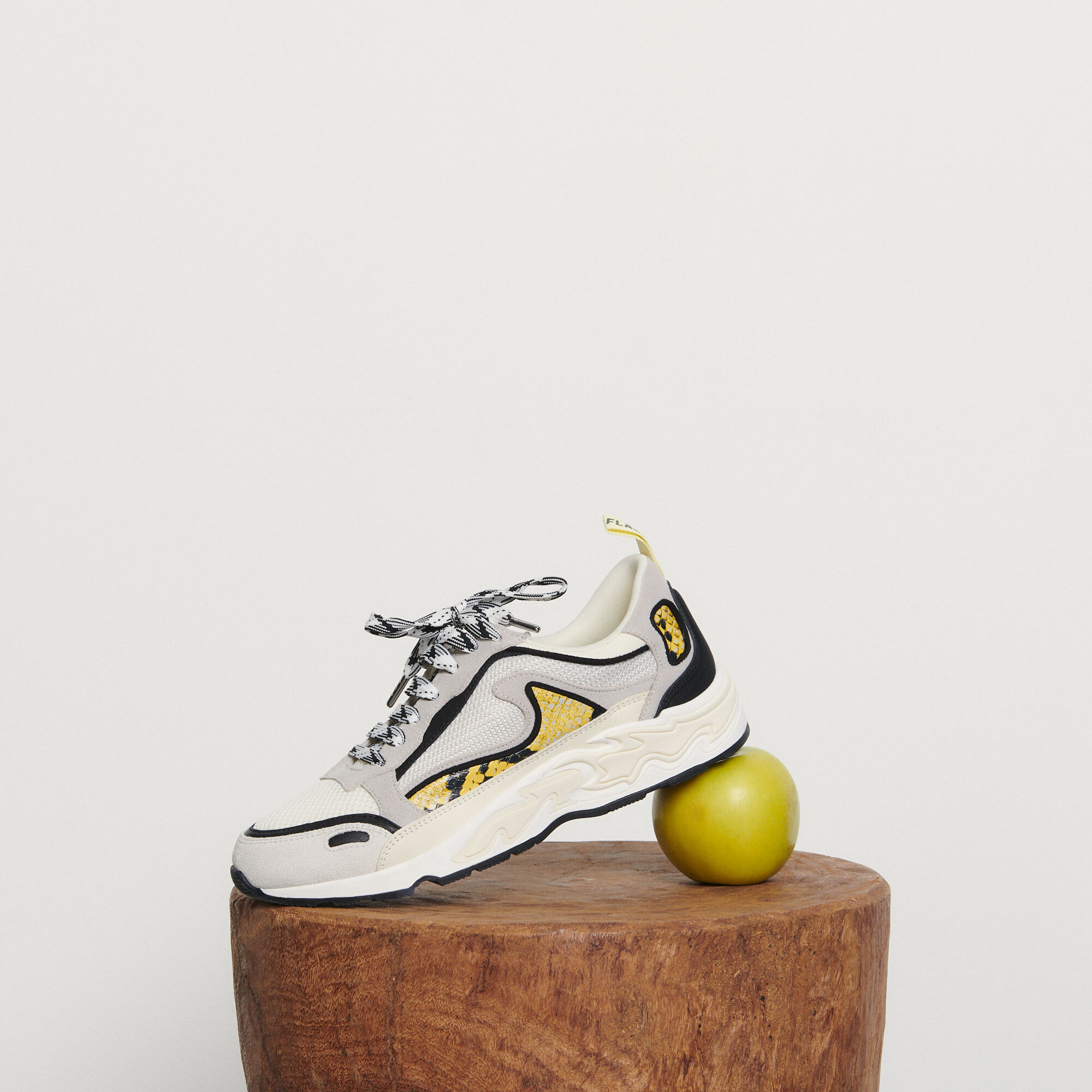 Baskets Flame
