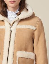 Manteau Court En Peau Lainée À Capuche : Manteaux couleur Beige