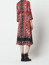 c74229fd3c9 ... Robe droite imprimé foulard   Robes couleur Rouge ...