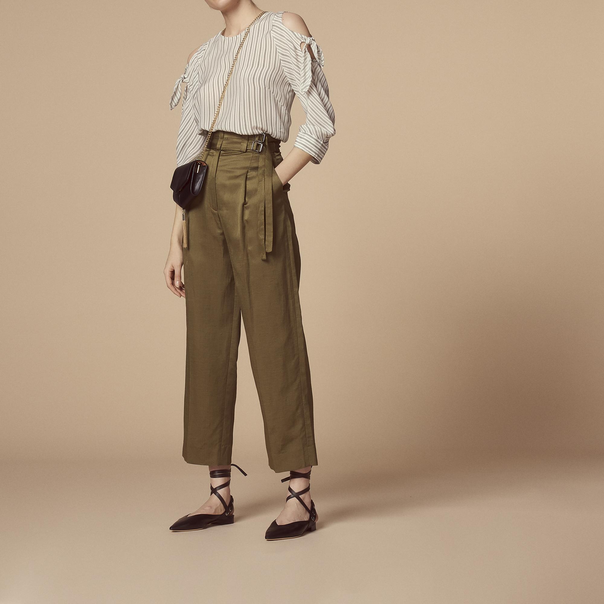Pantalon avec ceinture à double passant   -30% couleur Kaki ... f3b5e5a5370