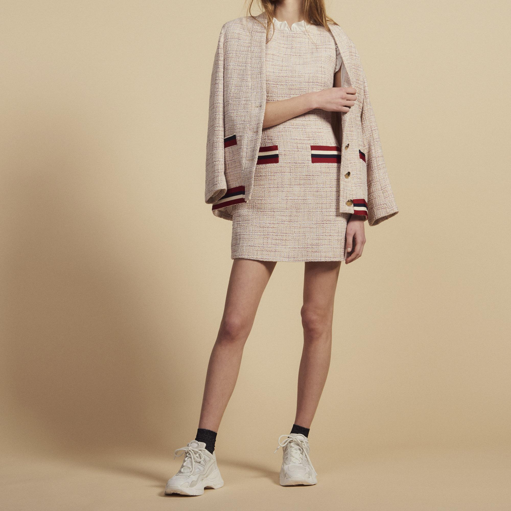 8704f43e28d Robe Courte Et Droite En Tweed   Robes couleur Rose ...