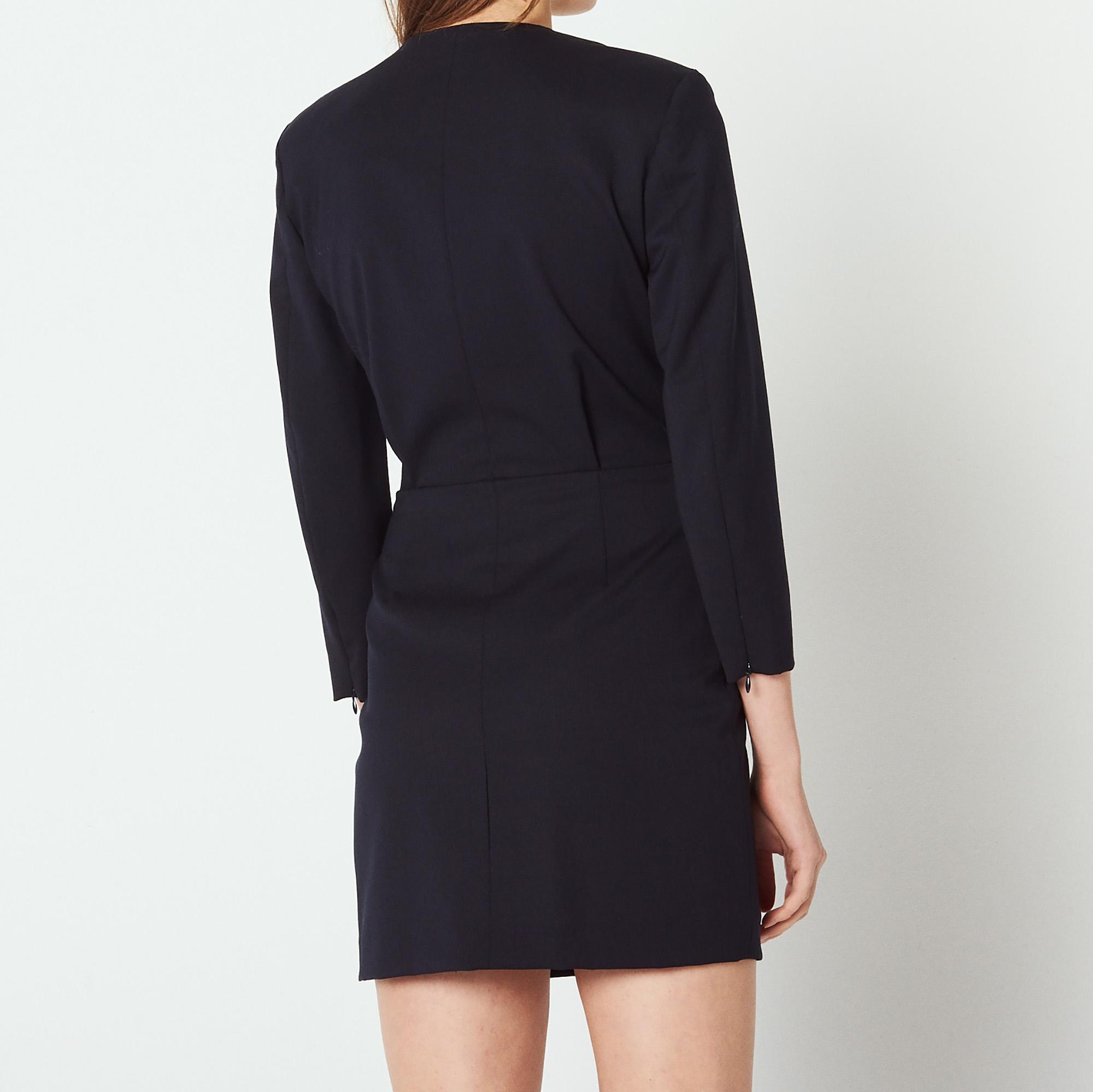 robe courte avec d collet plongeant r20388h robes. Black Bedroom Furniture Sets. Home Design Ideas